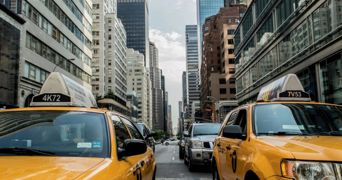 How to Start a Transportation Business And How Much Does It Cost?